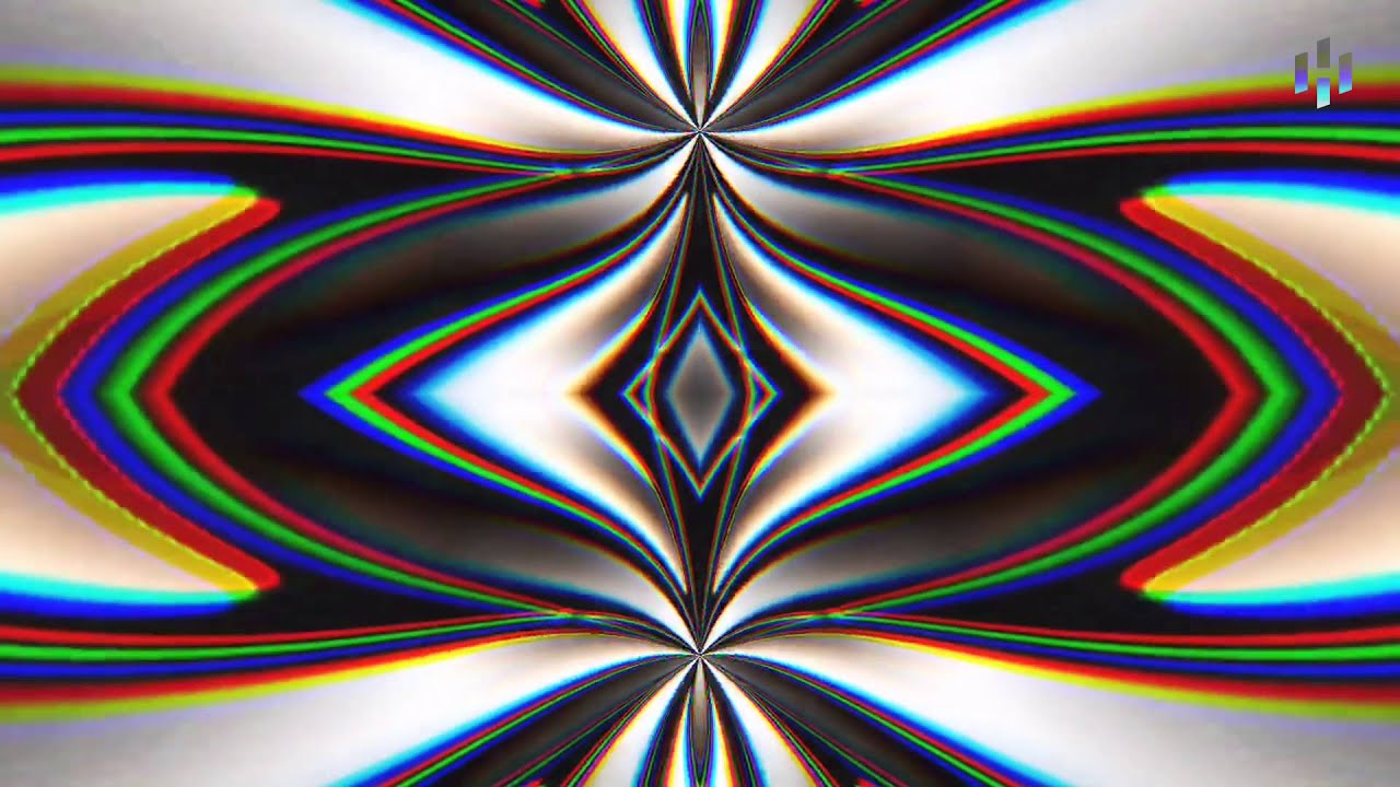 5 Trippy Glitch Art Apps for Your iPhone