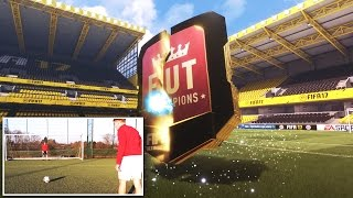 YOU HAVE TO SEE THIS PACK LUCK!! 😱 - FUT CHAMPIONS FORFEIT FOOTBALL FIFA 17 PACK OPENING