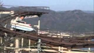 松岡修造さんがジェットコースターに乗ってる.