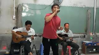 Chín Tháng Quân Trường ( st Hoài Nam )  Dang Le - Guitar Lâm Thông