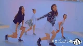 Little skirt is too cute, smile sweetheart jump II Pocket Music Dance