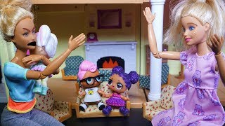 LOL SURPRISE DOLL Lily Has Injury And Karen Blows Up On Barbie!