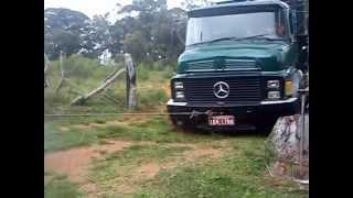 Mercedes 1518  mercedes 1518 (14 mil KG ) rodas dianteiras atolada