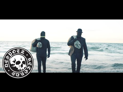 Angstskríg featuring Attila Vörös - Skyggespil (Official Music Video)