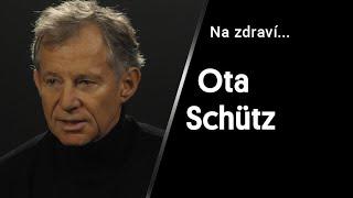 """""""Křečové žíly má každá třetí žena a každý čtvrtý muž. Roli hraje i věk."""" – vysvětluje Ota Schütz"""