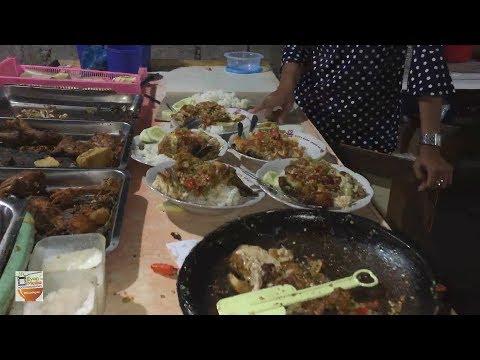 TRAGIS !! CABAI SEPUASNYA PENYETAN KOL GORENG & AYAM MAS KOBIS | YOGYAKARTA STREET FOOD #BikinNgiler