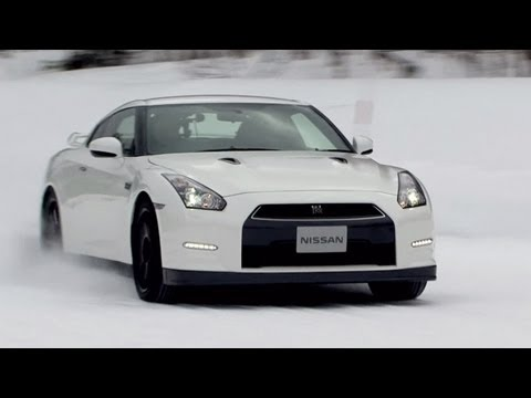 """Welcome to """"Snow World of GT-R"""""""