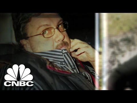 Making a Killing | Dr. Drug Dealer | American Greed | CNBC Prime