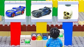 LEGO Cars and Track Experimental Lightning McQueen Jackson Storm Racing Cars Toys Video for Kids
