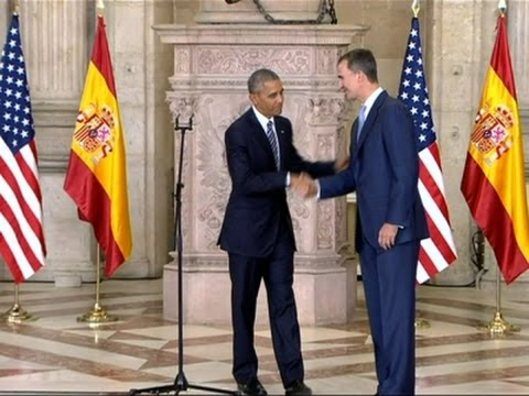 Obama Welcomed by Spain's King Felipe VI