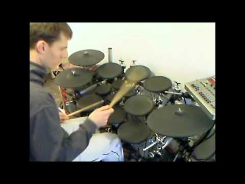 Loopdrummer Beat Juggling with 10 crack commandments - YouTube