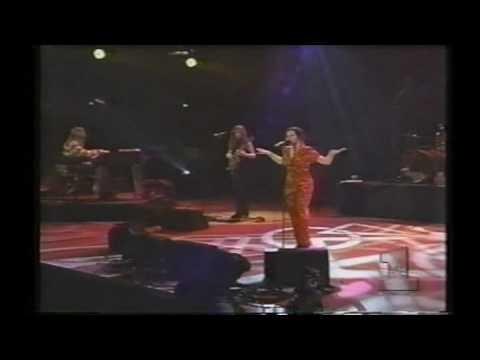 Natalie Merchant - Carnival (1995) E. Rutherford, NJ