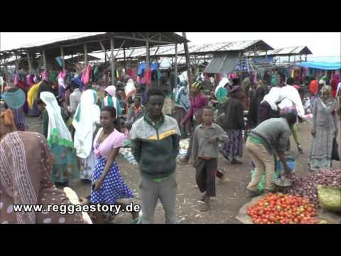Market In Bekoji Near Assela - Ethiopia - 22.09.2015 thumbnail