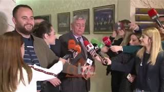 Baixar Pas marreveshjes, flasin aleatet e Bashes  ABC News Albania