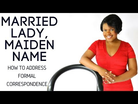 Etiquette: Married Woman Using Maiden Name