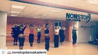 Gambar cover Oryantal Dans dersi NonStop Dans Akademi by Karen Albayrak