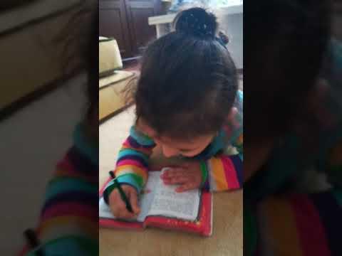 Küçük Prensesim Ders Çalışıyor
