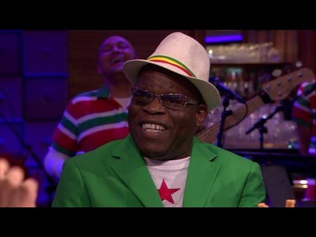 Surinaamse muziek: schuin en dubbelzinnig? - RTL LATE NIGHT
