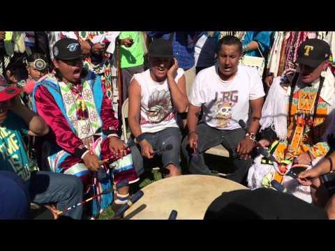 Northern Cree Crow Hop @ Mandaree 2015