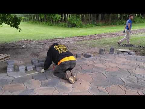 Belgard Mega Arbel patio hardscape construction in Gettysburg - Ryan's Landscaping 717-632-4074