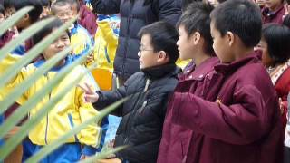 香港路德會增城兆霖學校2014-15畢業生一起唱歌