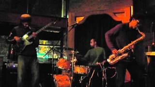 LAUNCH! Performance of the Week 4/18/2012:  Broun Fellinis