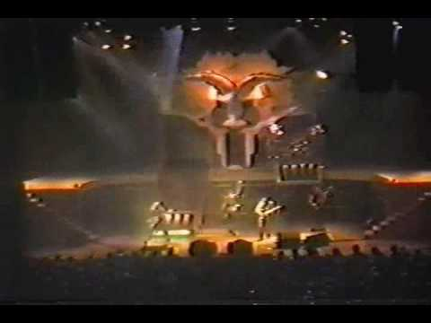 Judas Priest-Love Bites-Montreal Canada 84