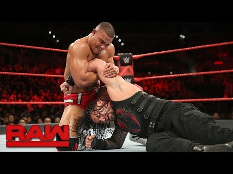 Roman Reigns vs. Jason Jordan - Intercontinental Championship Match: Raw, Dec. 4, 2017 thumbnail