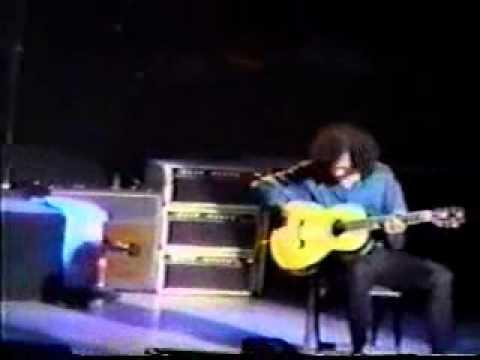 Robert Plant & Jimmy Page: Page Messes up Rain Song & Laughs, 1996 Tokyo