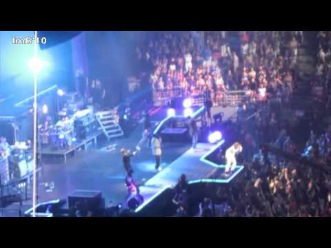 Justin Bieber And Boys Ii Men Madison Square Garden Youtube