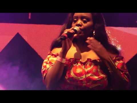 Show de Edmazia em Quelimane