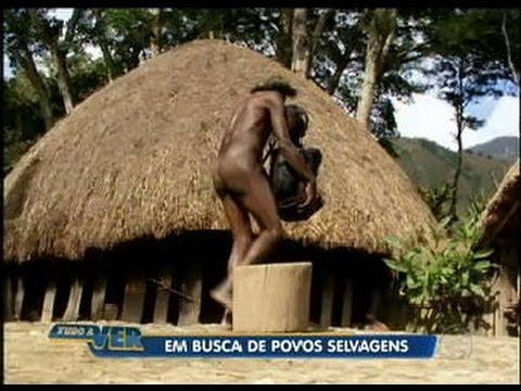 Download Tudo a Ver 22/06/2011: Conheça os costumes de povos selvagens no meio da Oceania