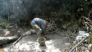 灌漑プロジェクト 工事の様子 トン氏