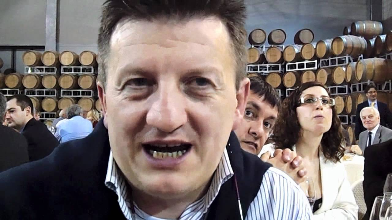 La Credenza Giovanni Grasso : Giovanni grasso ristorante la credenza youtube