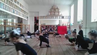 Отчетный урок по акробатике в младшей основной группе. Адель. Одесса. 2017. Часть 3