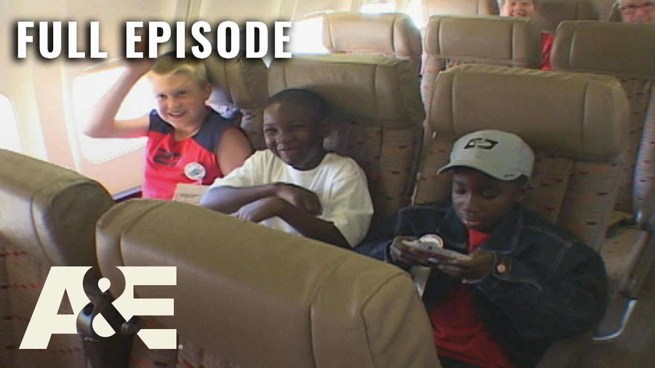 Download Airline: Rowdy Kids Disrupt Flight From Las Vegas - Full Episode (S1, E3) | A&E