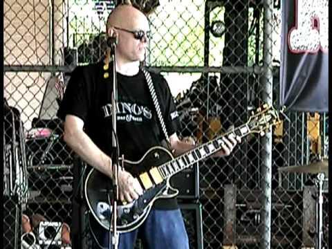 Rockslide - Rock 'N' Roll Never Forgets