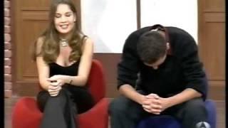 Va a declararse y se lleva un chasco / Palo en televisión / Spanish Girl thumbnail