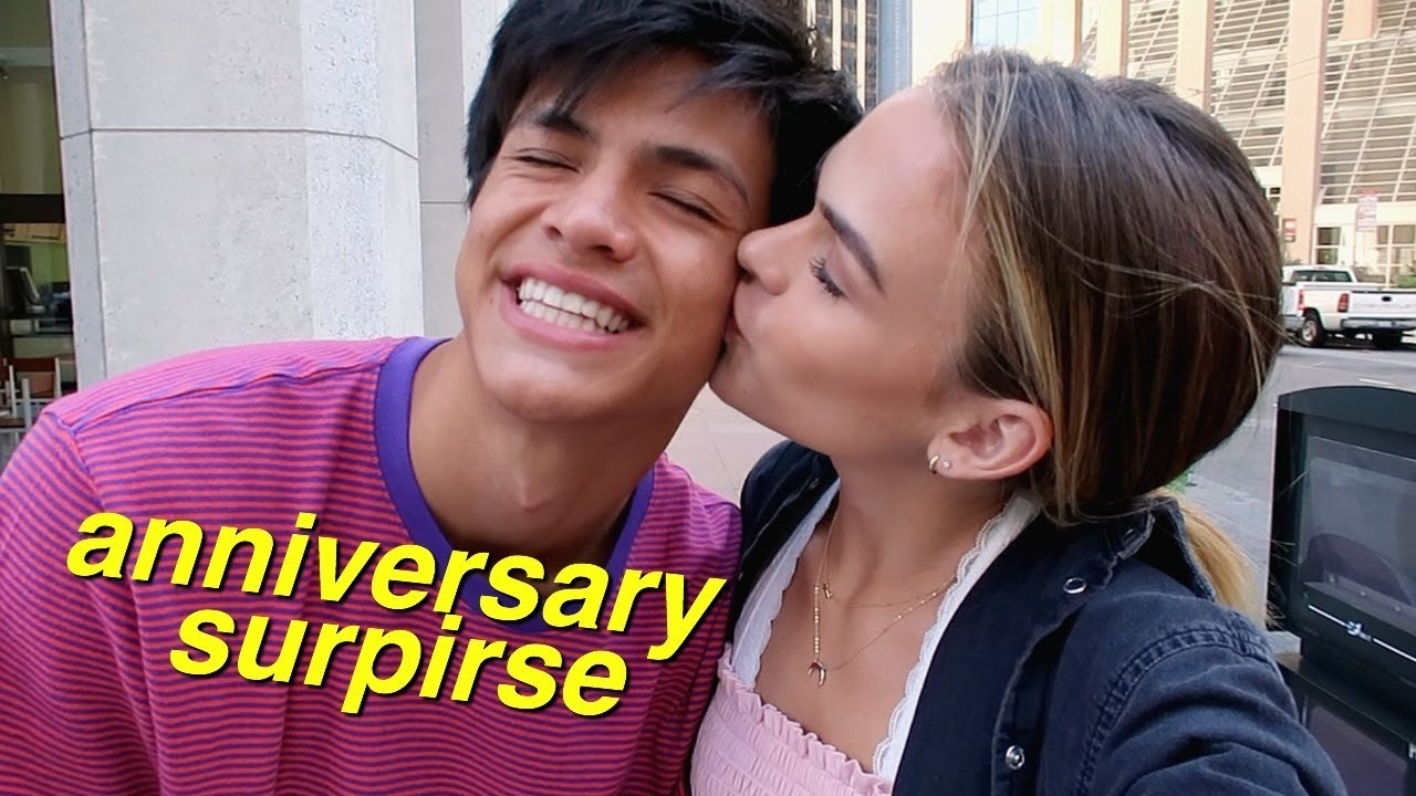 My Boyfriend Surprised Me For Our One Year Anniversary Youtube