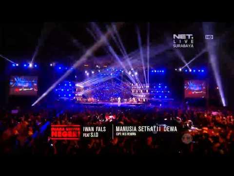 NETKonserSurabaya Iwan Fals ft Superman Is Dead - Manusia Setengah Dewa Full HD
