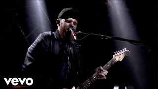 Jack Garratt - Worry (Live At The BRITs Nomination Party, London / 2015)