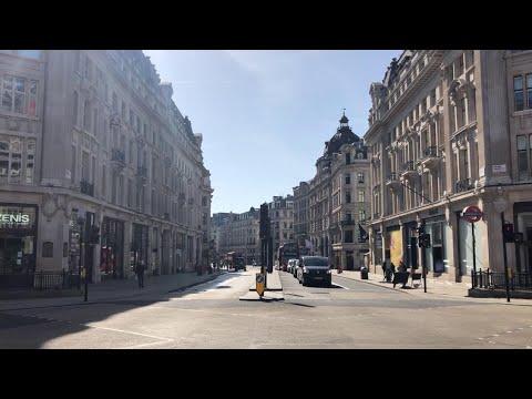 Coronavirus, chiude anche Londra: Oxford Street, via dello shopping più affollata d'Europa deserta