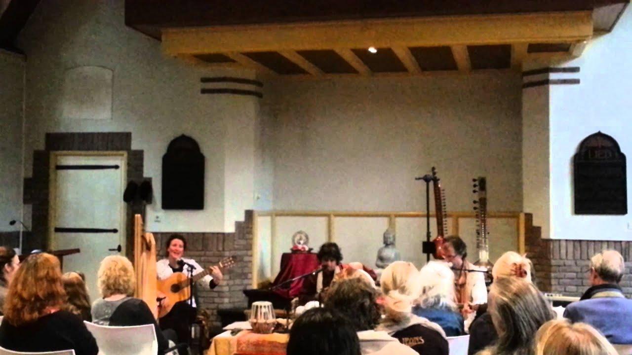 ''Ashvins Trio'' in Driebergen-Parklaankerk. Jai ma durge.