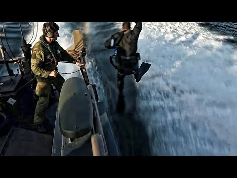 USMC Recon Drills With Nordic KJK On CB90 Fast Boats