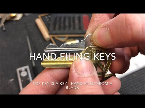 (77) Hand Filing Keys - my tools, methods and real-time demonstration (headphone volume warning)