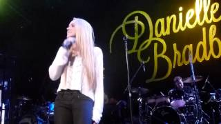 """""""The Heart of Dixie"""" performed by Danielle Bradbery"""