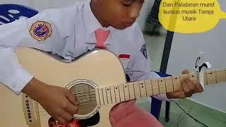 Download lagu (Anji) Menunggu kamu Nathan Fingerstyle Daud Palabiran Toraja-Dan Palabiran