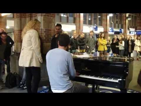 Spontaneous musical treat at Amsterdam Centraal Station (October 10, 2014 around 16:00)