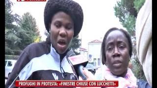 TG VENEZIA (24/10/2016) - PROFUGHI IN PROTESTA: «FINESTRE CHIUSE CON LUCCHETTI» thumbnail