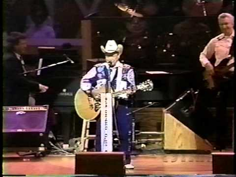 Bird of Paradise - Little Jimmy Dickens at the Grand Ole Opry